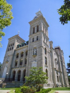 The Knox County Courthouse in Vincennes.