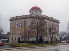 The Warren County Courthouse in Williamsport