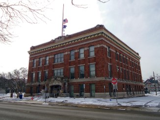 The Elkhart Municipal Building, home of the Elkhart County Superior Courthouse until 1970 or thereabouts.