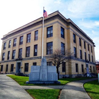 The 1922 Pike County Courthouse in Petersburg